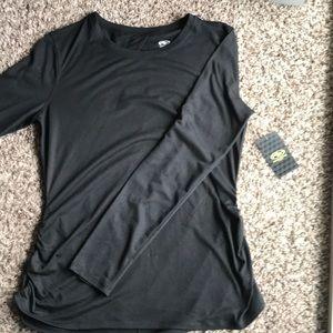 Tops - Black long sleeve workout shirt